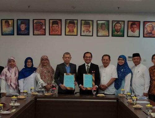 SEAMEO RECFON and UHAMKA formalize the collaboration for establishing a school-based nutrition program among Muhammadiyah schools in Jakarta